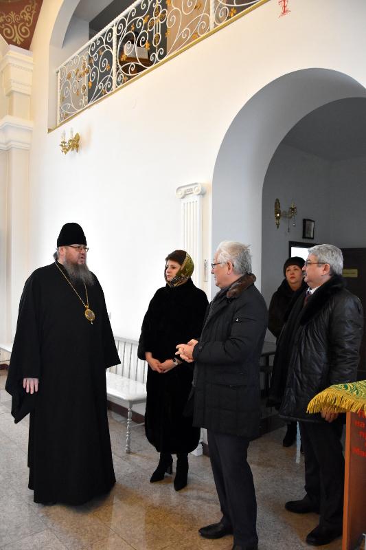 Депутаты Сената посетили Севастиано-Магдалининский храм в микрорайоне «Береке»