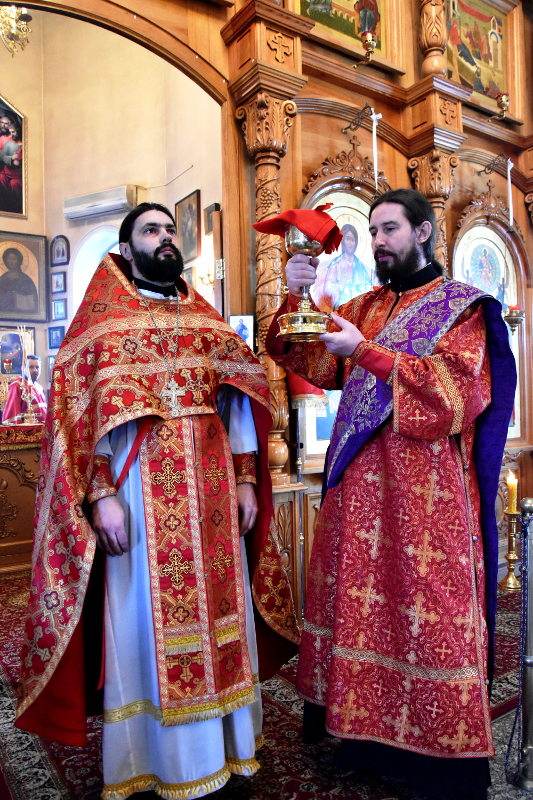 Божественная Литургия в Вознесенском Кафедральном соборе в день обретения главы Иоанна Предтечи