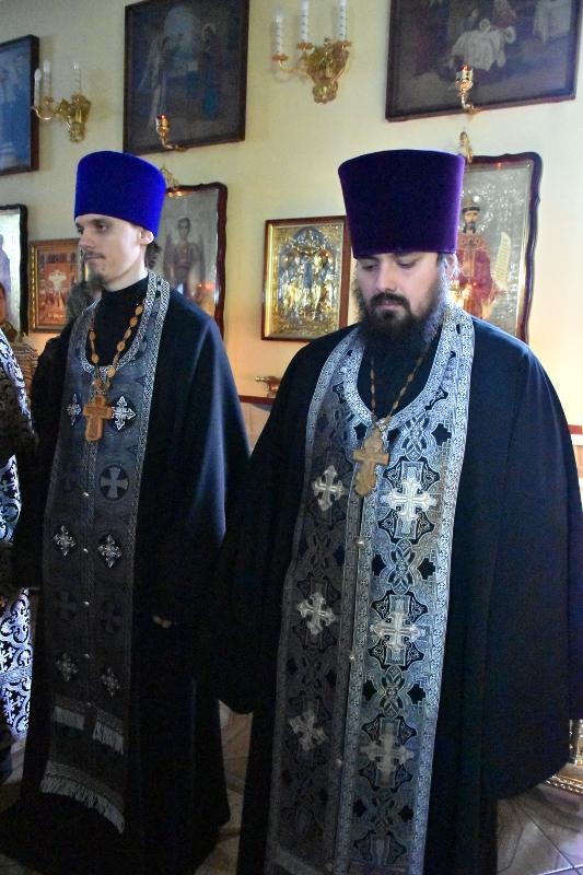Чтение канона в храме священномученика Мефодия Петропавловского