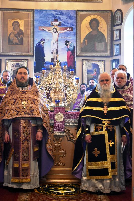 Соборная Литургия Преждеосвященных Даров в Вознесенском кафедральном соборе