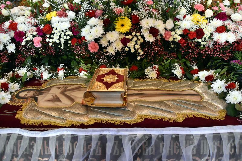 Заместитель акима области Руслан Канатханович Алишев поздравил православных христиан с праздником Пасхи Господней