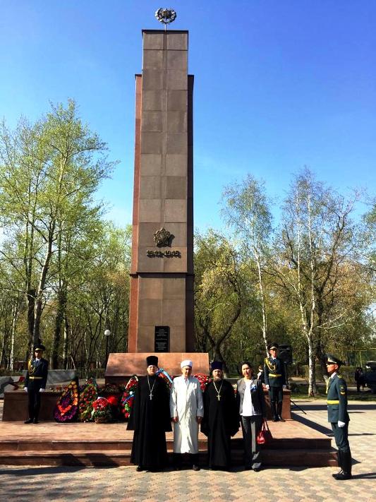 Духовенство епархии почло память североказахстанцев погибших в Великой Отечественной Войне
