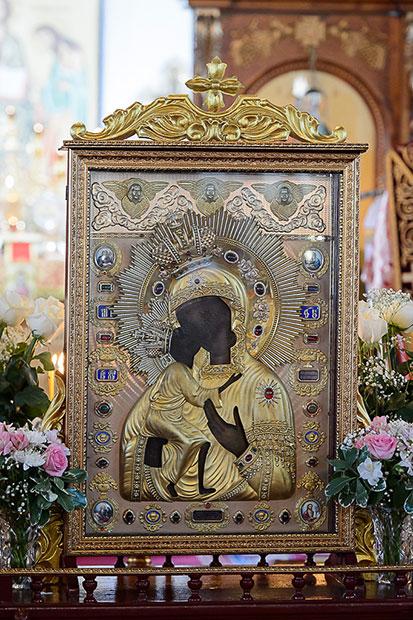 Правящий архиерей сослужил Главе Православной церкви Казахстана в Кокшетау по случаю принесения в епархию чудотворной Феодоровской иконы Пресвятой Богородицы