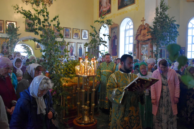 День Святой Троицы в главном храме Северного Казахстана