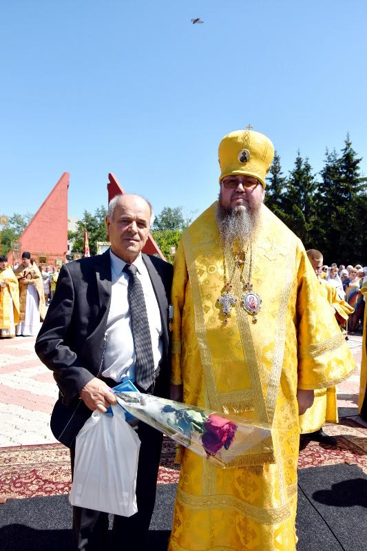 Крестный ход по улицам града Первоверховных апостолов