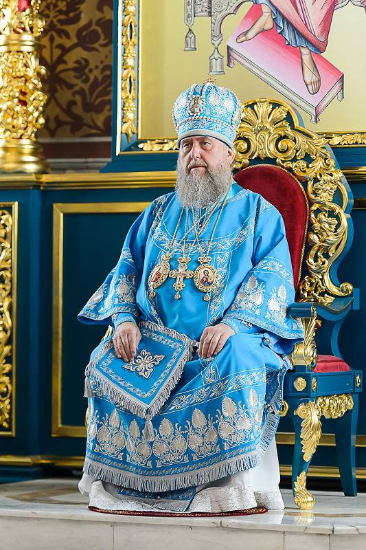 Преосвященнейший епископ Владимир сослужил Главе Митрополичьего округа Высокопреосвященнейшему митрополиту Александру