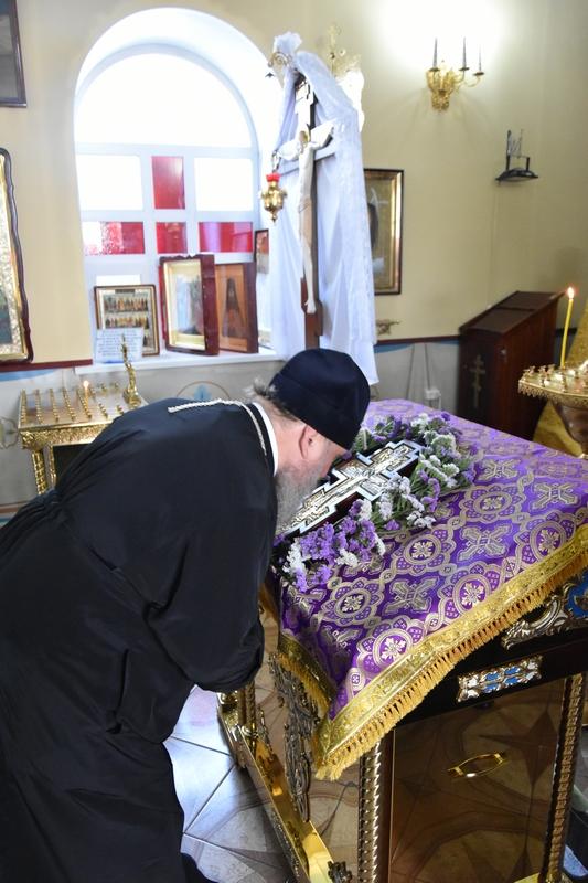 Визит главы Казахстанского Митрополичьего Округа в Свято-Мефодиевский храм