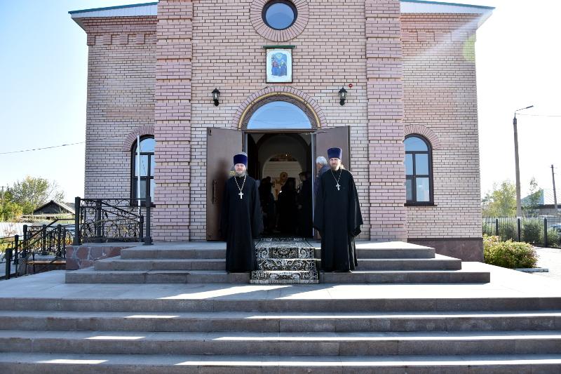 Архиерейская Литургия в Неделю 13-ю по Пятидесятнице