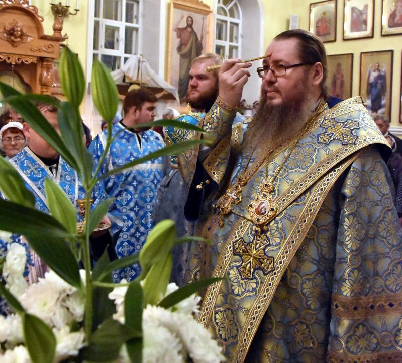 Всенощное Бдение под праздник Введения во храм Божией Матери