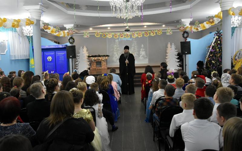 Светлый праздник Рождества Христова в школе в честь преподобного Сергия Радонежского