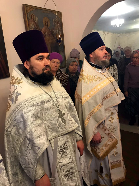 Архиерейская Литургия в праздник Собора Иоанна Крестителя