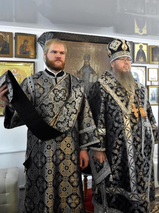 Преосвященный Владимир совершил Божественную Литургию Преждеосвященных Даров в с. Сергеевка