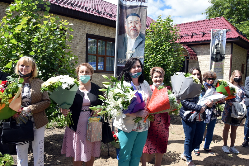 Последний Звонок в школе в честь прп. Сергия Радонежского