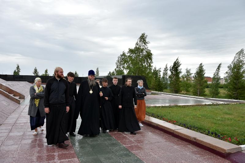 Преосвященный епископ Владимир совершил паломническую поездку по святым местам Казахстанских епархий
