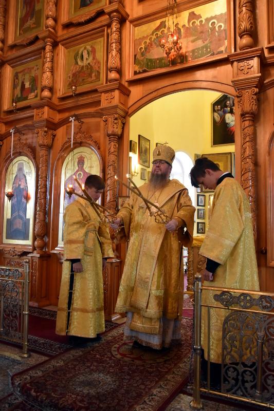Божественная Литургия в Кафедральном соборе