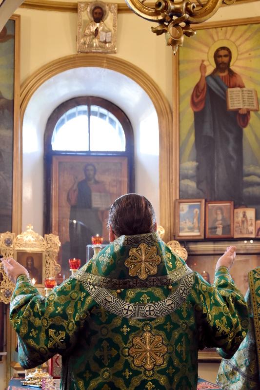 Божественная Литургия в день прп. Сергия Радонежского