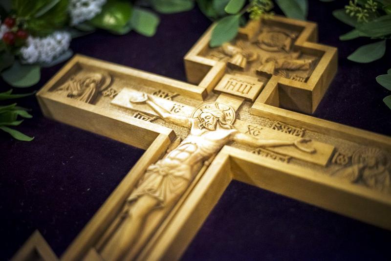 Начало Успенского Поста в Кафедральном соборе Вознесения Господнявный мир вступает в Успенский Пост