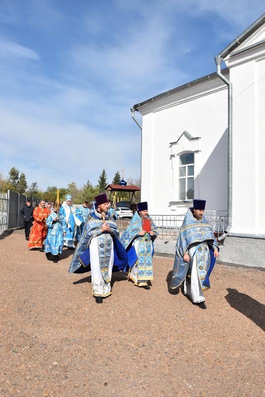 Божественная Литургия в праздник собора Святых Новомучеников и Исповедников Казахстанских