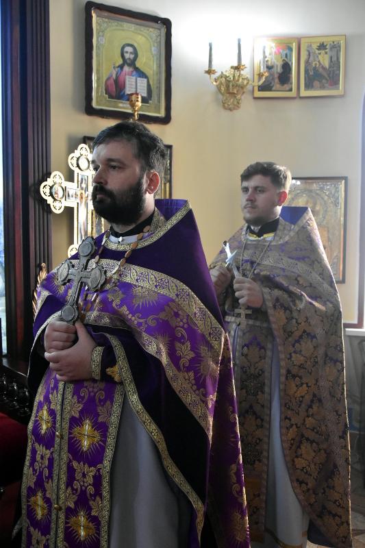 Архиерейская Литургия в праздник святых мучениц Веры, Надежды, Любови и матери их Софии