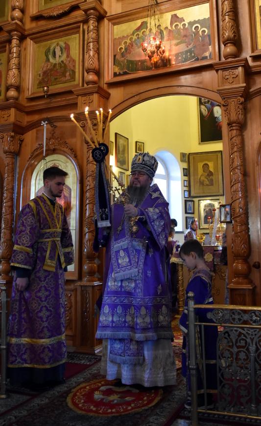 Архиерейская Литургия в день памяти святого Евстафия Плакиды