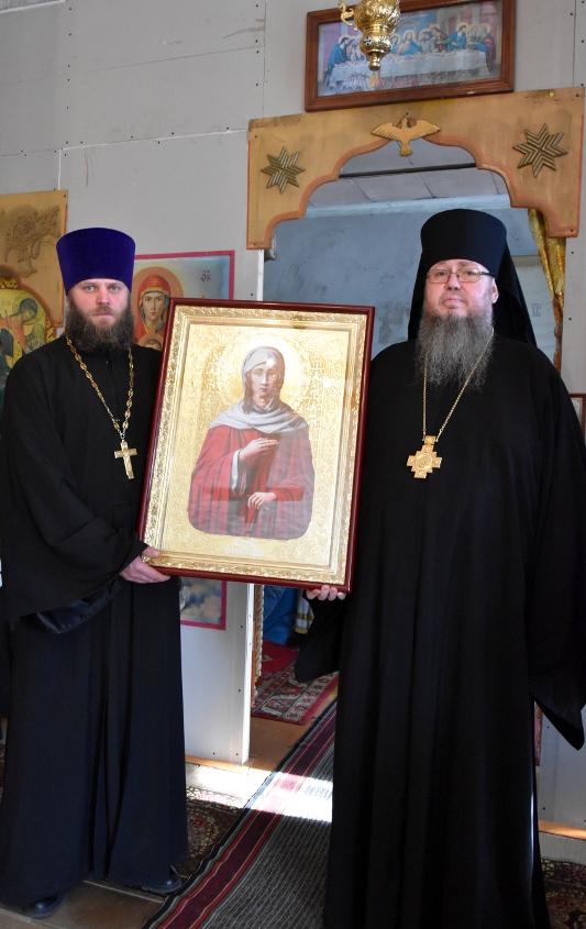 Архиерейская Литургия в Трехсвятительском храме с. Чкалово
