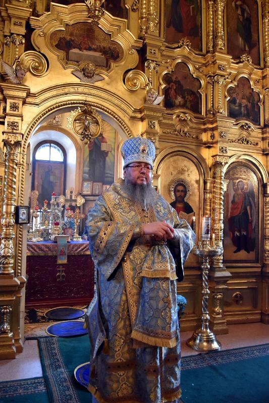 Архиерейская Литургия в праздник Казанской Иконы Божией Матери