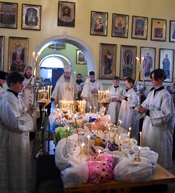 Архиерейская Литургия в Дмитриевскую Родительскую субботу
