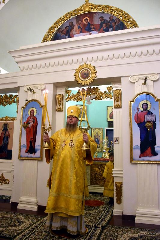 Архиерейская Литургия в Неделю 26-ю по Пятидесятнице