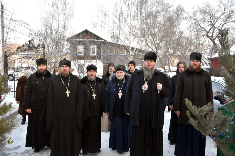 Архиерейская Литургия в праздник Собора Пресвятой Богородицы
