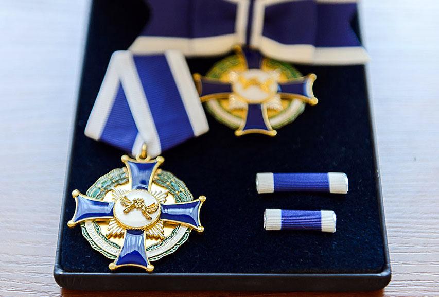 Глава Митрополичьего округа удостоил отличившихся северо-казахстанцев наградами митрополичьего округа