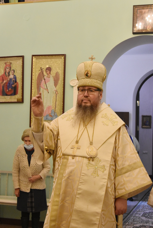Божественная Литургия в праздник святителя Василия Великого