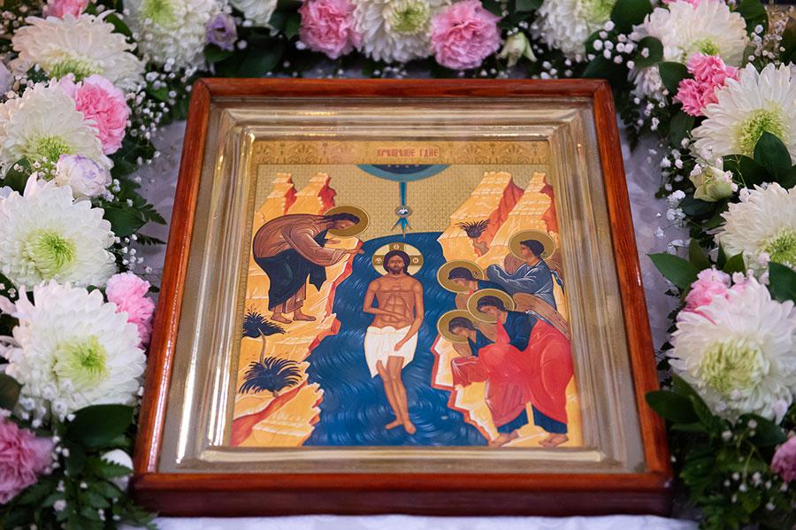 Преосвященнейший епископ Владимир сослужил Главе Православной Церкви Казахстана в Петропавловском храме Алма-Аты