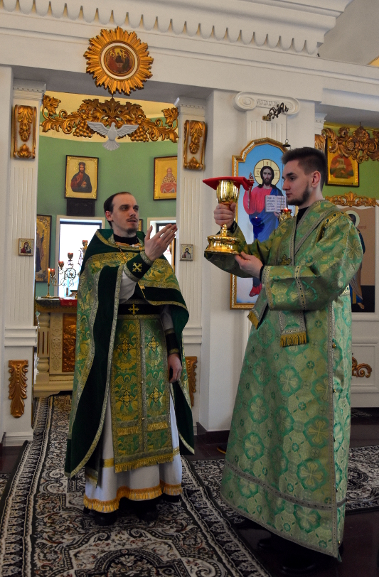 Архиерейская Литургия в праздник святой блаженной Ксении Петербургской