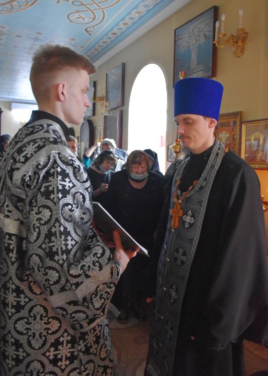 Чтение Великого канона прп. Андрея Критского в четверг первой седмицы Великого поста