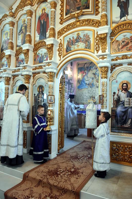 Архиерейская литургия в родительскую субботу
