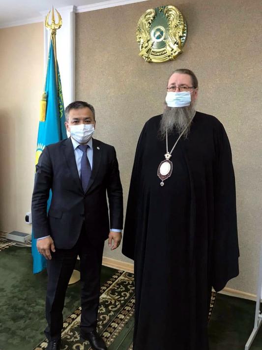 Состоялась встреча епископа Петропавловского и Булаевского Владимира с акимом Петропавловска