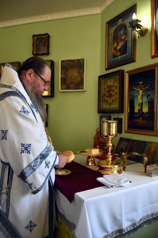 Архиерейская Литургия в день памяти прп. Исаакия Далматского