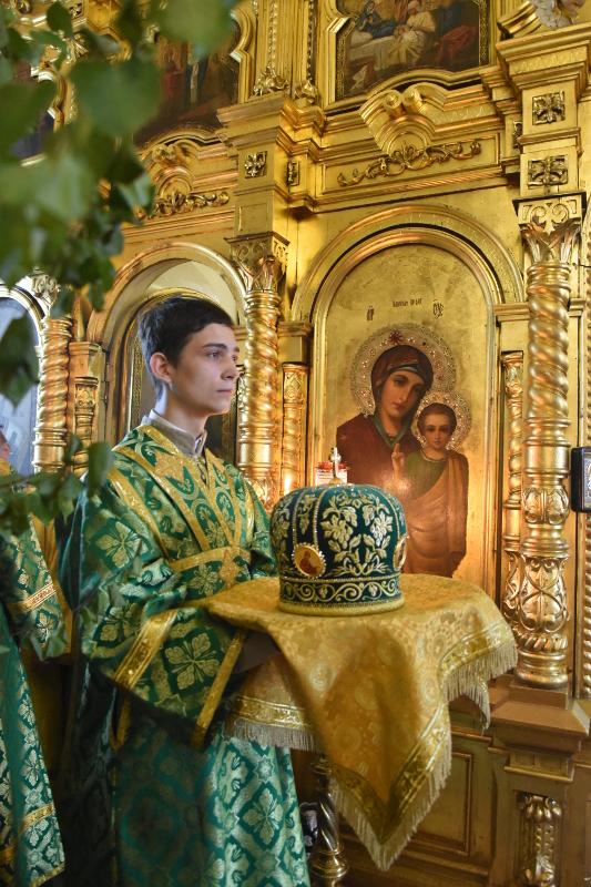 Архиерейская Литургия в День Сошествия Святого Духа