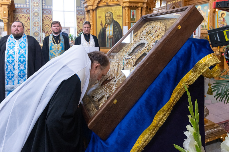 Список старинной Тихвинской иконы прибыл в Казахстан